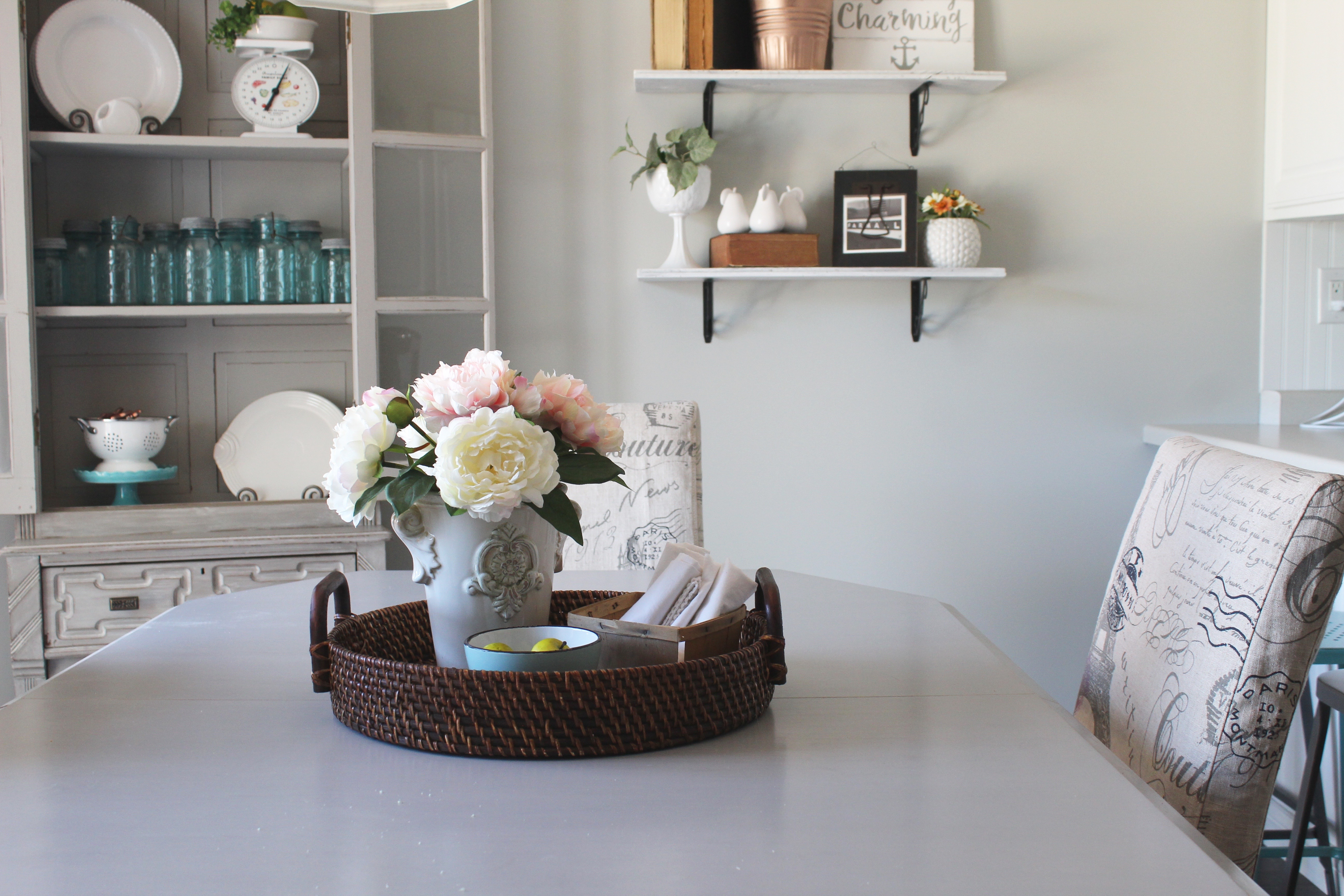 farmhouse vignettes for small breakfast nook