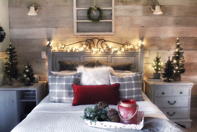 Create a Cozy, Lodge Style, Christmas Bedroom, Cozy pillow styling