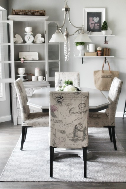 styling a small breakfast nook