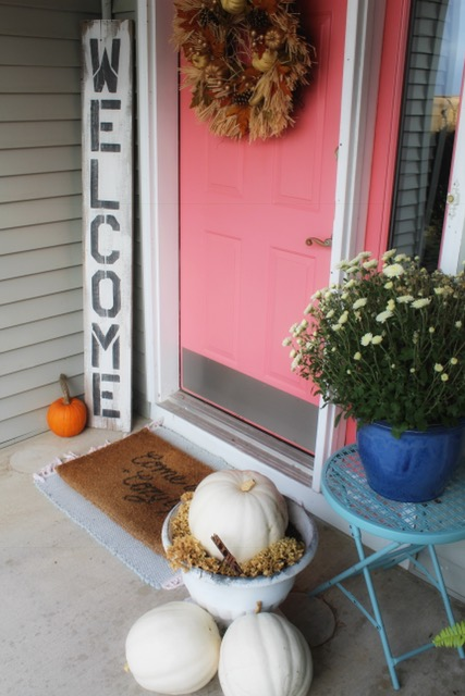 Front door for fall