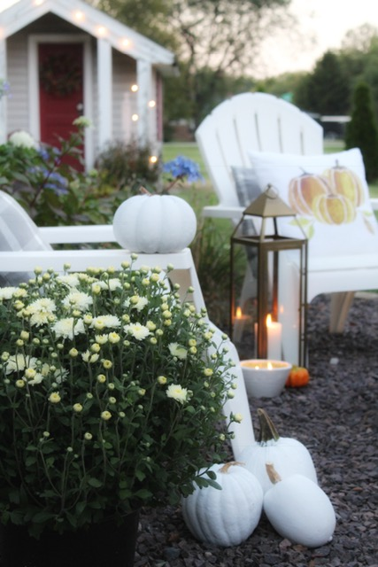 cozy outside decor