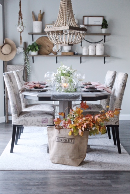 fall table with natural elements