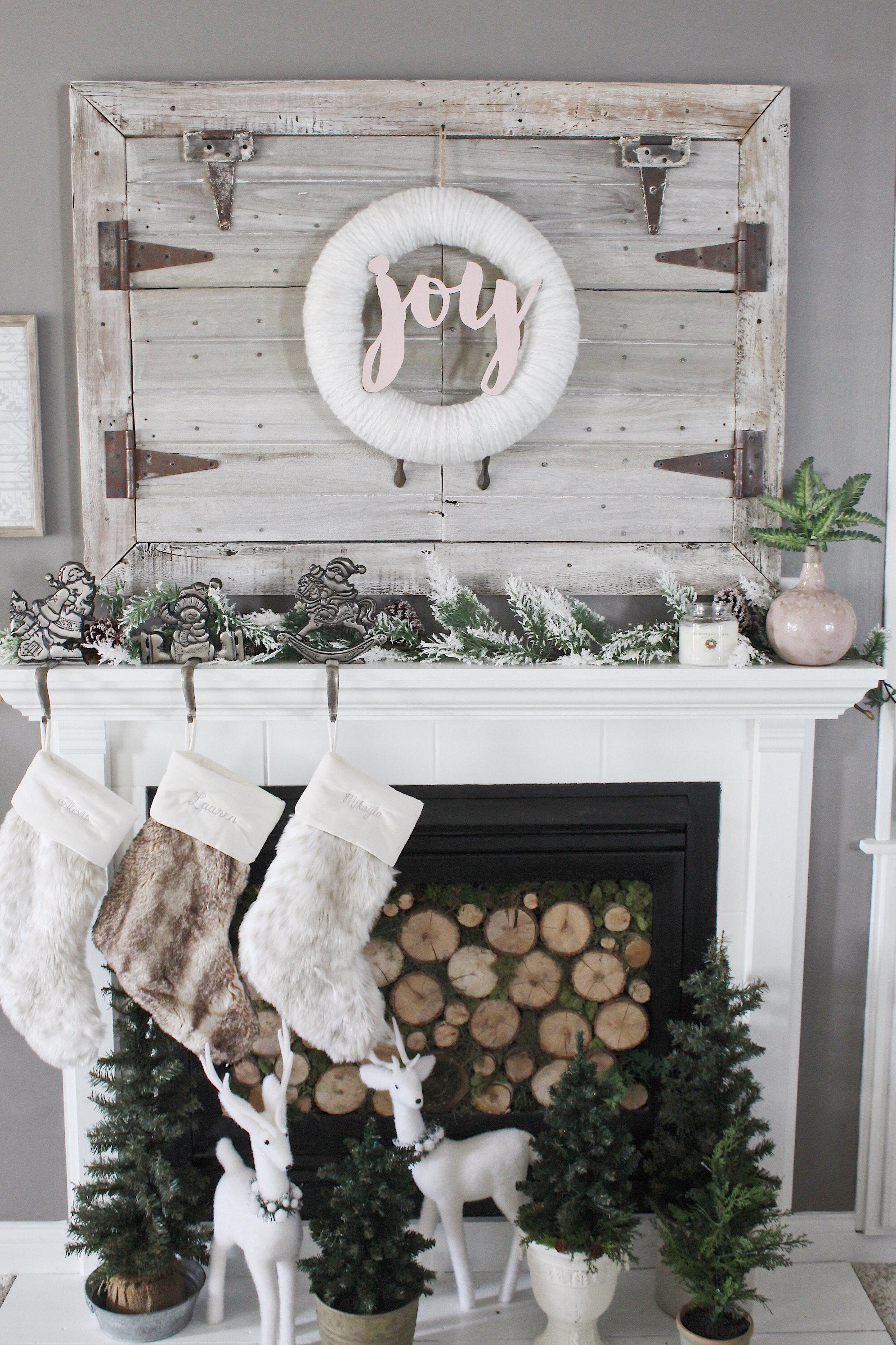 Christmas mantle and hearth decor