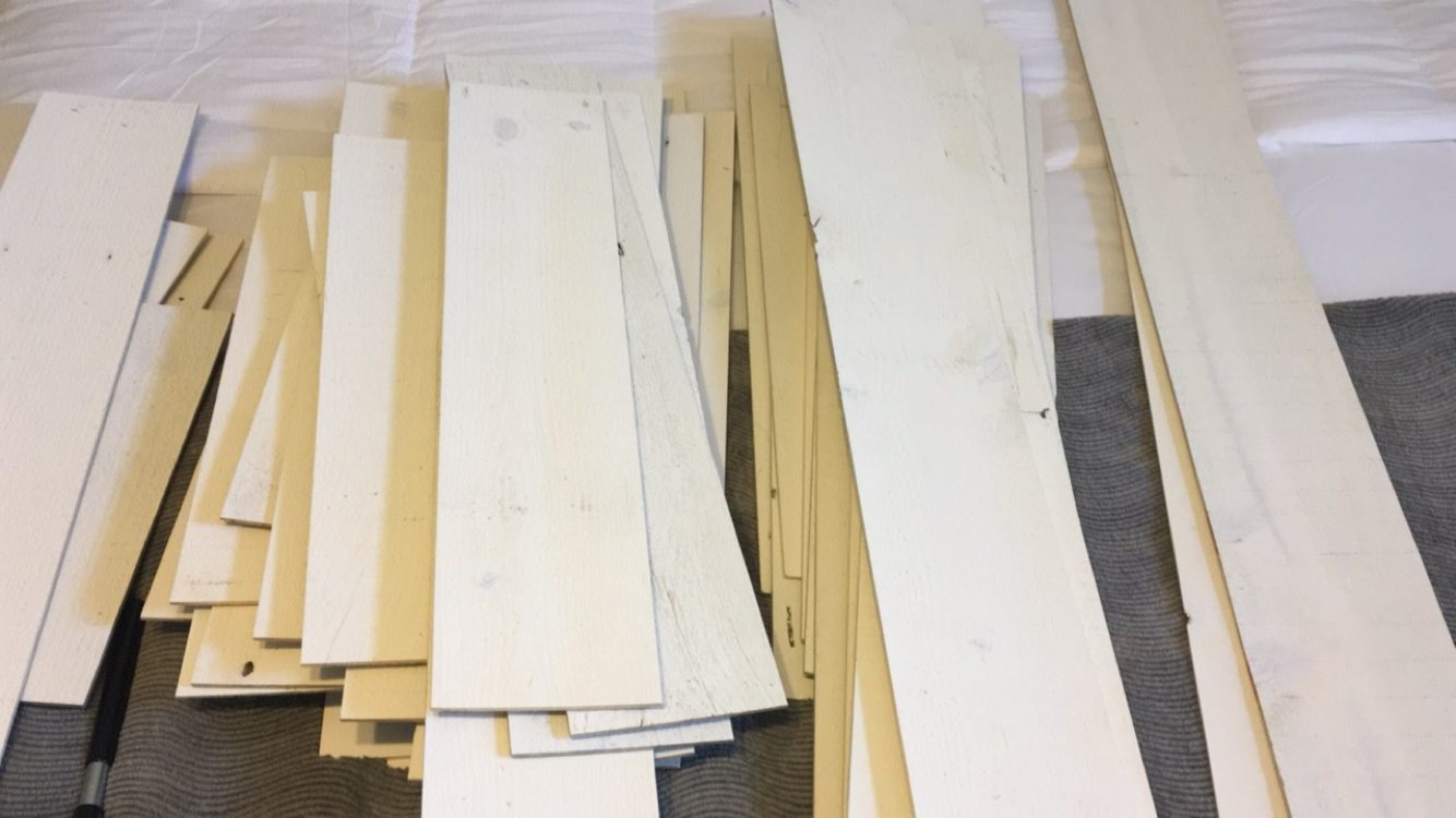Stikwood Will Arrive In Bo Of Pre Cut Wood Planks A Large Variety Sizes Do Not Be Overwhelmed When You See How Many Diffe Size Variations