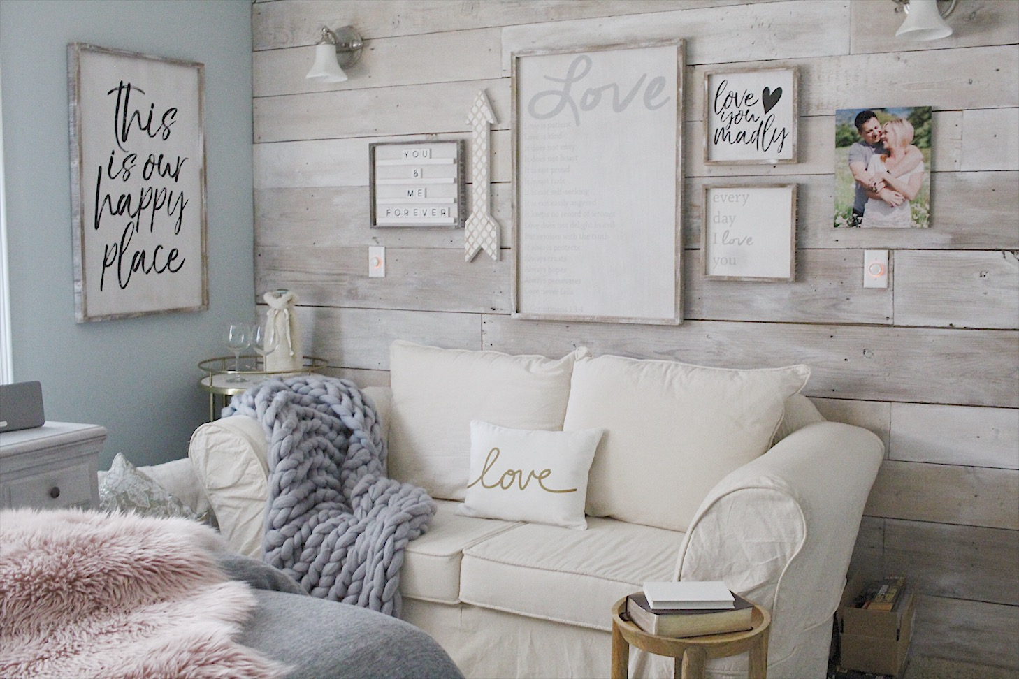 romantic bedroom with farmhouse style