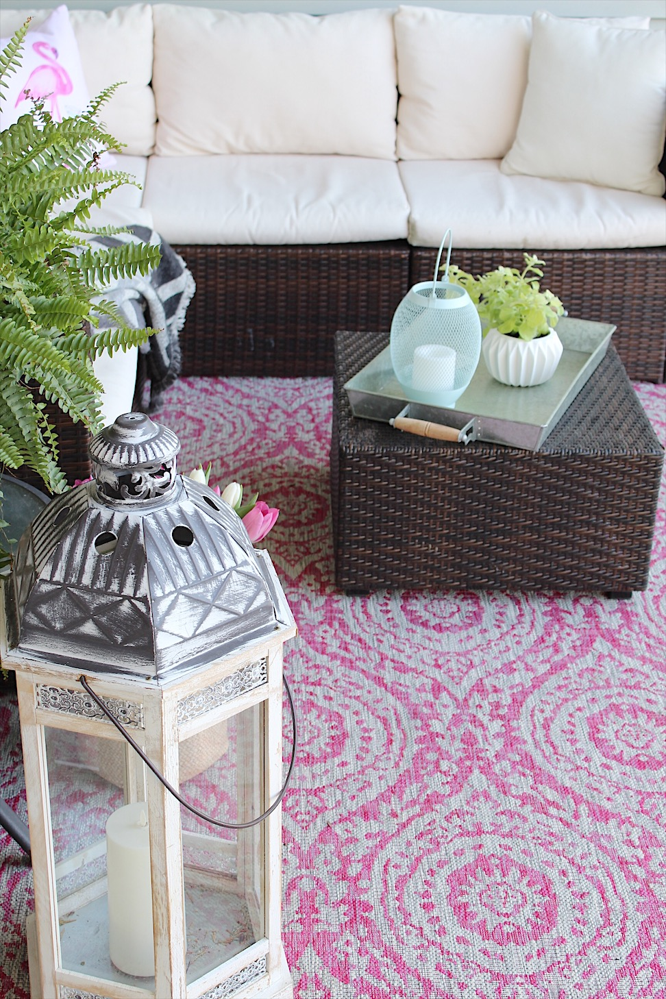 Front Porch Tour debuting new rug