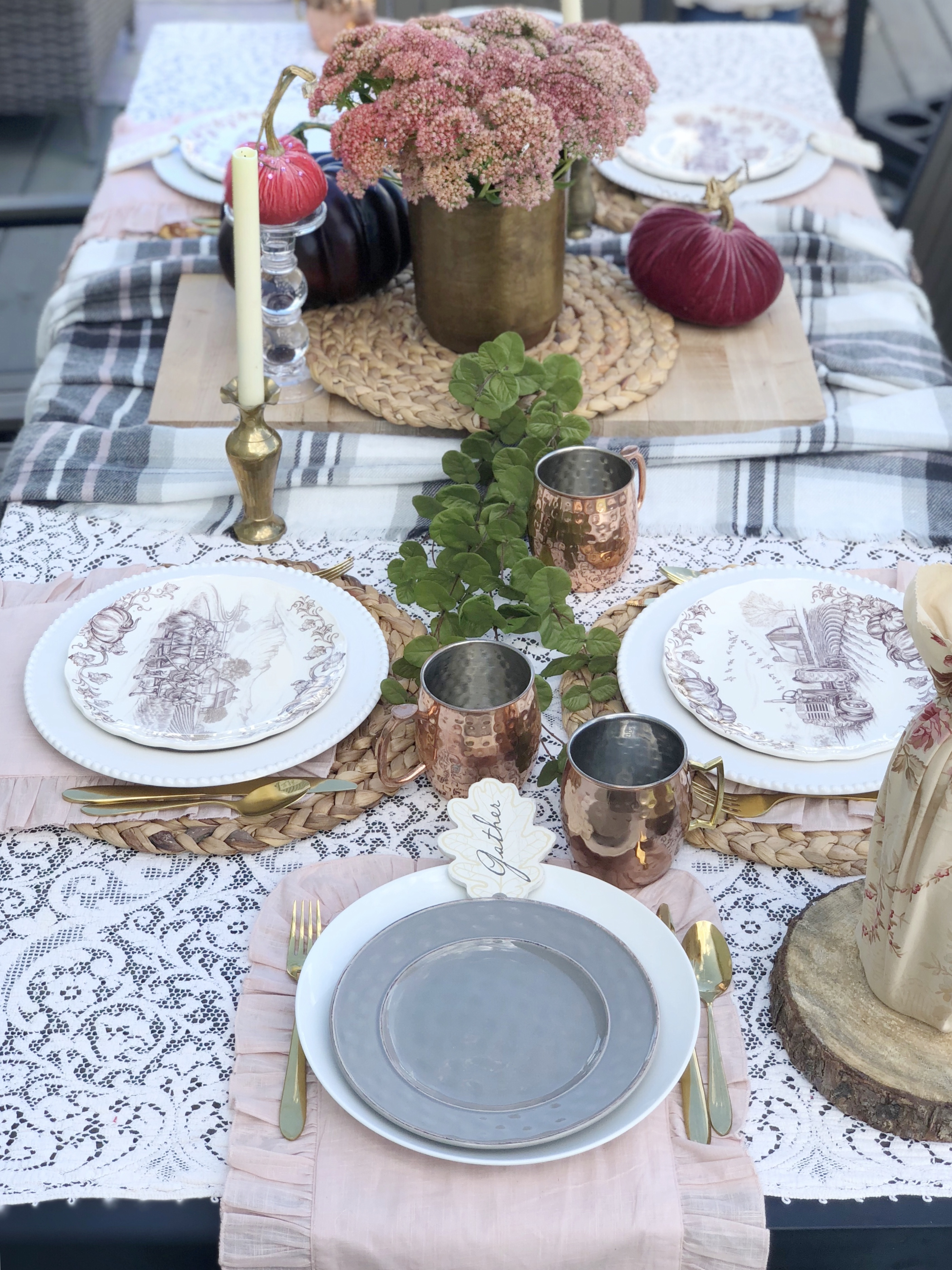outdoor fall tablescape 3