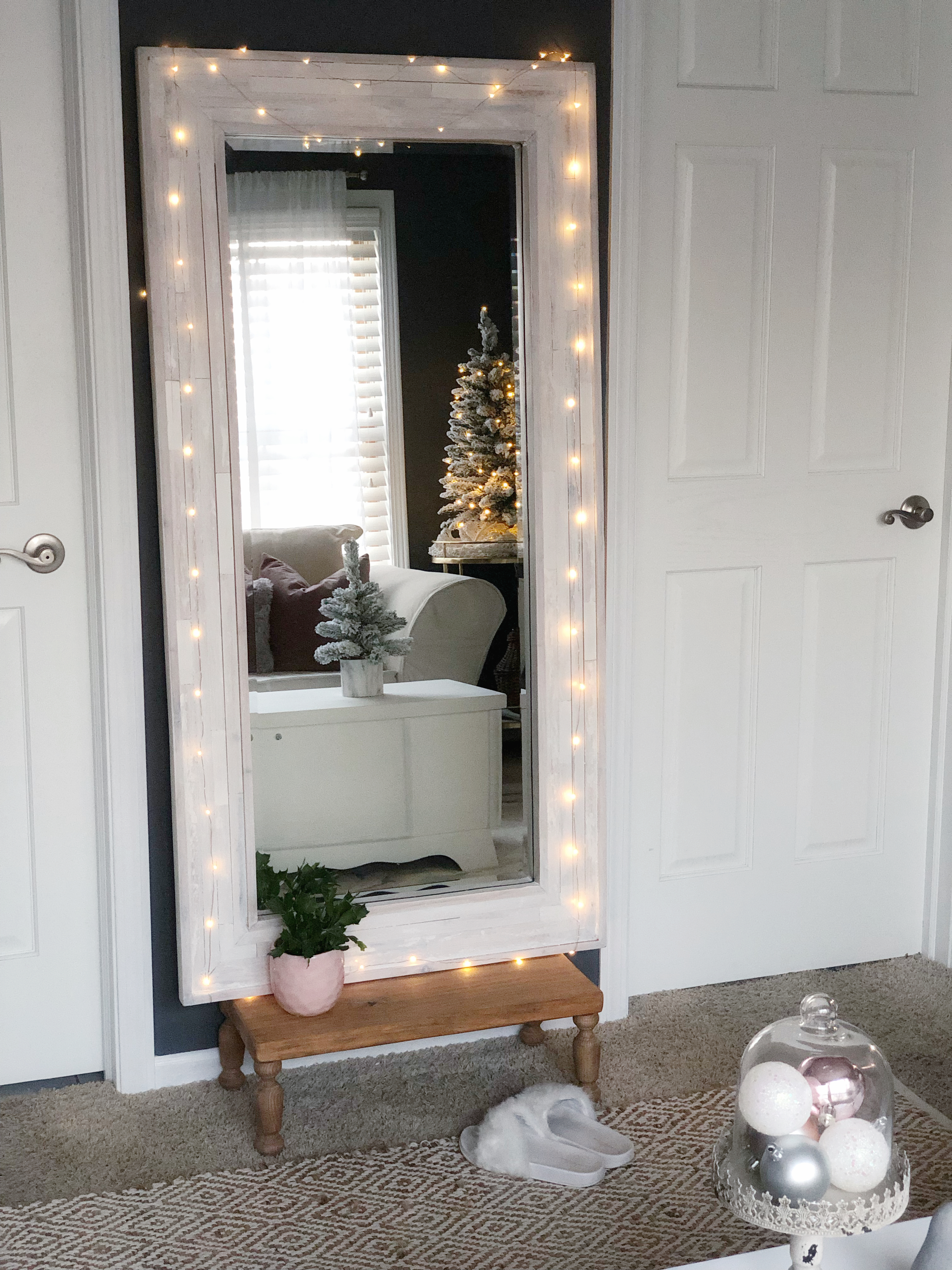 a cozy change for Christmas - floor mirror