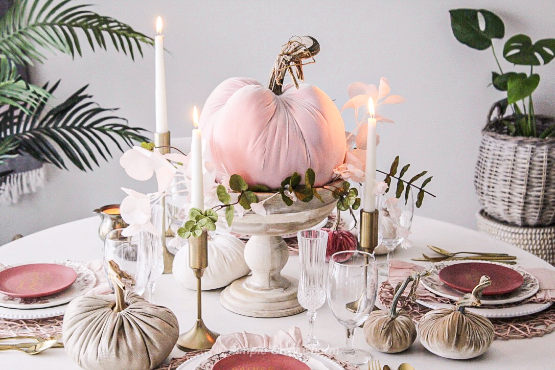 early fall blush tablescape using faux pumpkins and stems