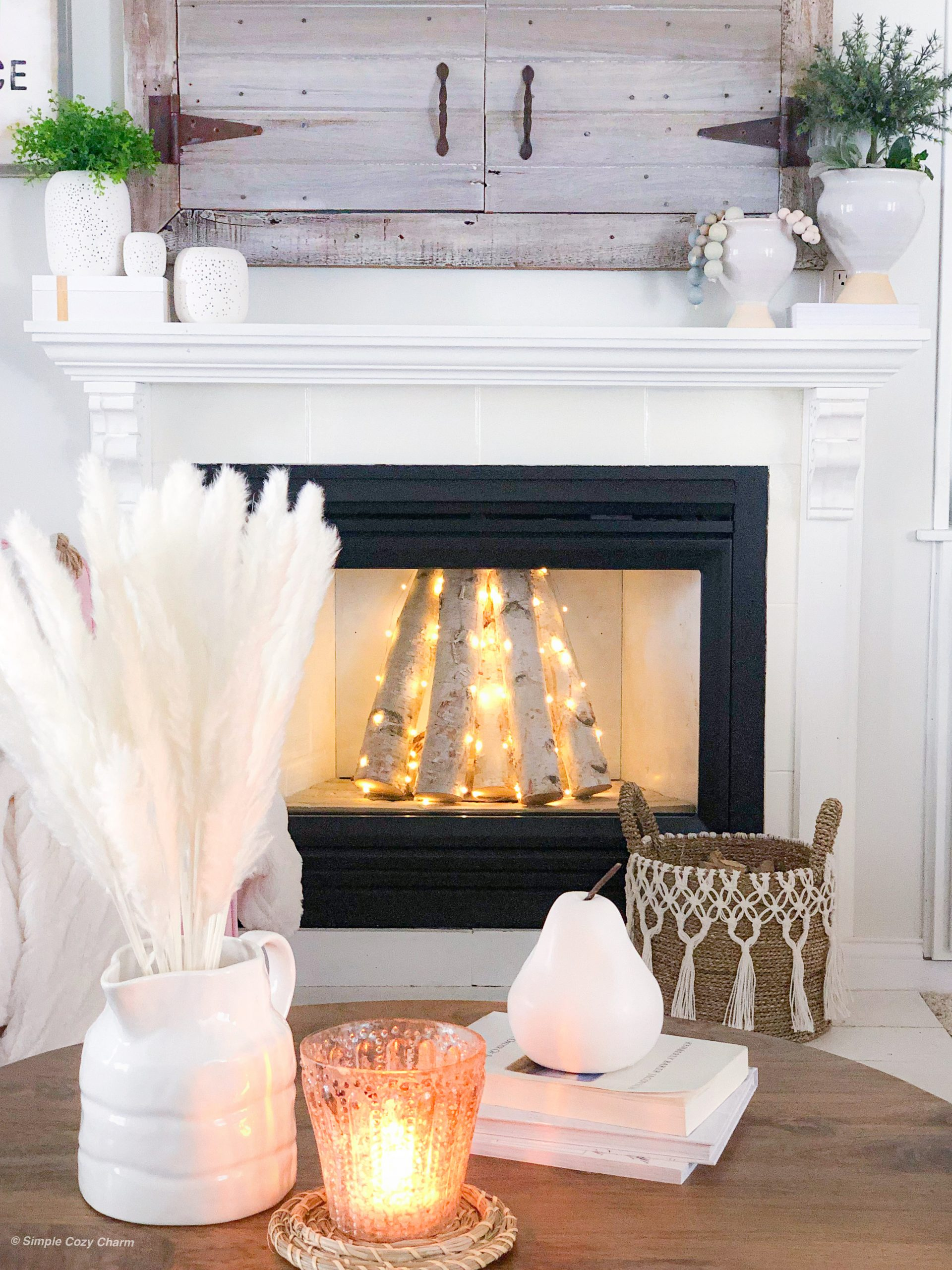 decor pieces perfect for shelf styling - mantle decor